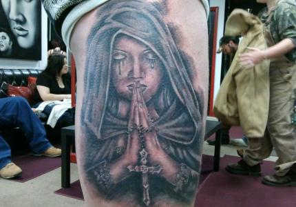 Tattoo GOTHIC PRAYER by Eddie Yeary (original painting by Anne Stokes)